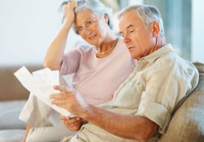 Bărbaţii, mai interesaţi de pensiile private decât femeile
