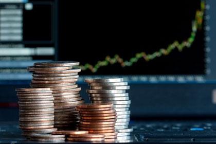 Băncile descurajează economisirea. Dobânzile scad sub 2% şi la depozitele pe un an