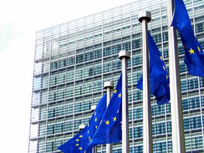 CE vrea să uniformizeze legislaţia în domeniul asigurărilor