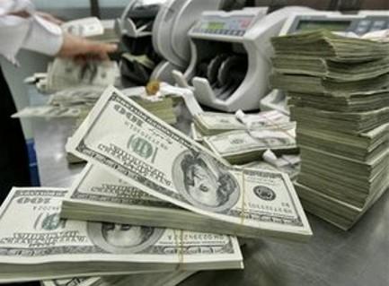 Băncile stimulează dezvoltarea bursei româneşti: piaţa obligaţiunilor face primii paşi
