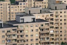 Studiu: Românii preferă creditele imobiliare în lei, cu dobândă fixă