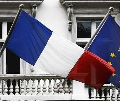S&P a retrogradat ratingul Franţei