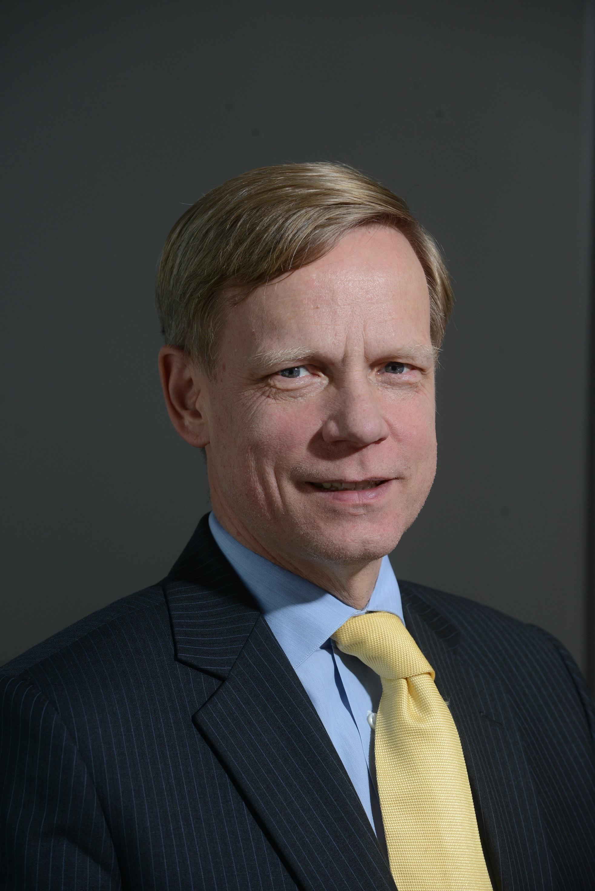 Steven van Groningen, bancherul anului 2013: Bankingul de succes are o reţetă complicată