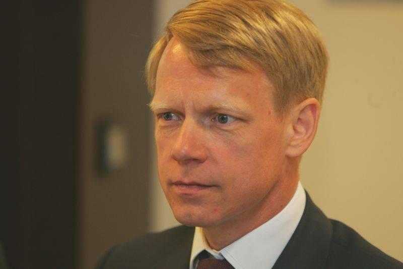 Steven van Groningen: Măsura de reducere a ratelor bancare necesită un studiu de impact