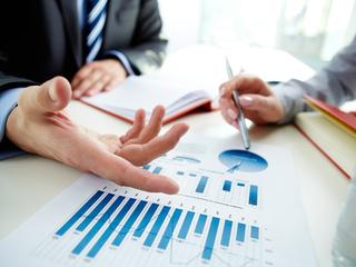 Participaţiile individuale dezvoltă piaţa financiară