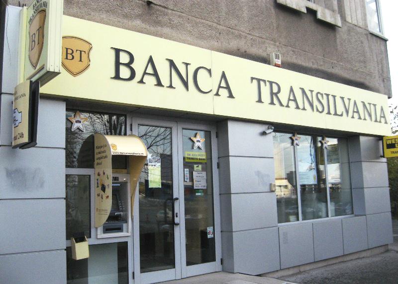 Banca Transilvania şi A.T. Kearney Management Consulting colaborează pentru integrarea Volksbank