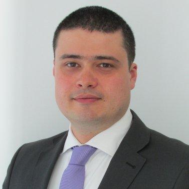 Răzvan Szilagyi, Preşedinte Raiffeisen Asset Management: Creşte interesul pentru planificare financiară