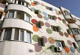 BEI susţine investiţiile în eficientizarea clădirilor rezidenţiale din Bucureşti
