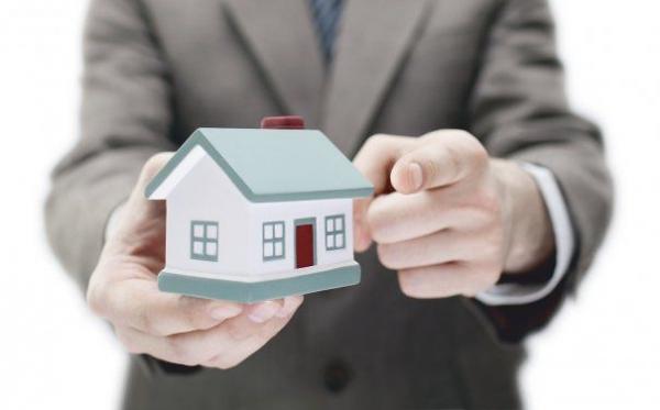"""Conform analizei BCR, 60% dintre clienţi, tinerii în special, nu vor mai putea accesa un împrumut, ca urmare a impactului Legii """"Darea în Plata"""""""