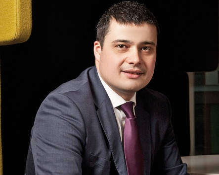 Răzvan Szilagyi, CEO Raiffeisen AM: Educaţia financiară a clienţilor, element strategic