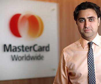 MasterCard și OrangeFresh implementează soluția de acceptare a plăților cu carduri contactless