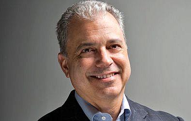 IBM a finalizat achiziţia companiei EZSource
