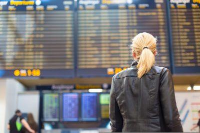 Intracom Telecom va moderniza reţeaua de comunicaţii operative a aeroportului internaţional din Atena