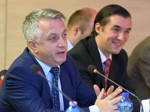 Guvernul se pregăteşte să înlăture discriminările în rândurile specialiştilor IT