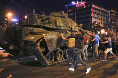 Moody's este gata să retrogradeze Turcia