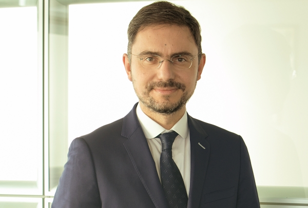 Septimiu Postelnicu este noul şef al Diviziei de Retail din cadrul UniCredit Bank