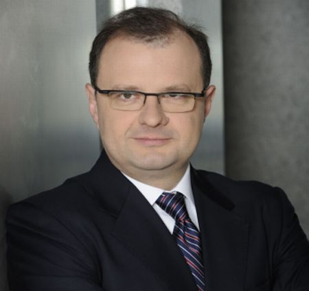 Tomasz Dąbrowski a fost reales CEO Dentons Europe