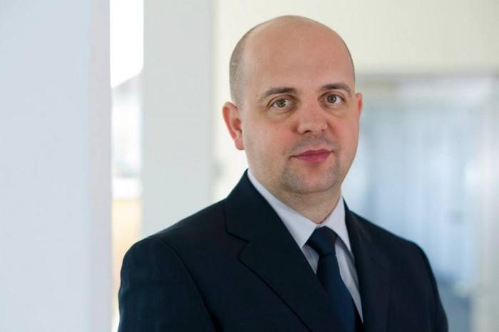 Allianz-Ţiriac nu va scumpi poliţele RCA