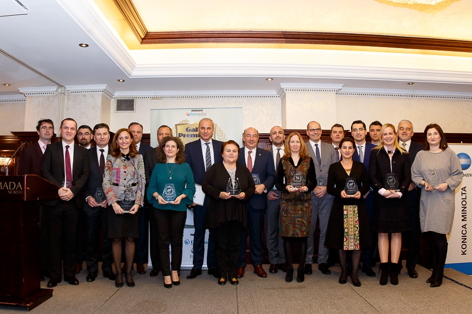 Gala Premiilor Piaţa Financiară: BCR – Banca Anului, Omer Tetik – Bancherul Anului, Remus Borza- Personalitatea anului