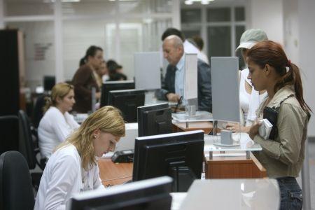 UniCredit Bank anunţă plata cuponului de dobânda nr. 7 aferent obligaţiunilor emise