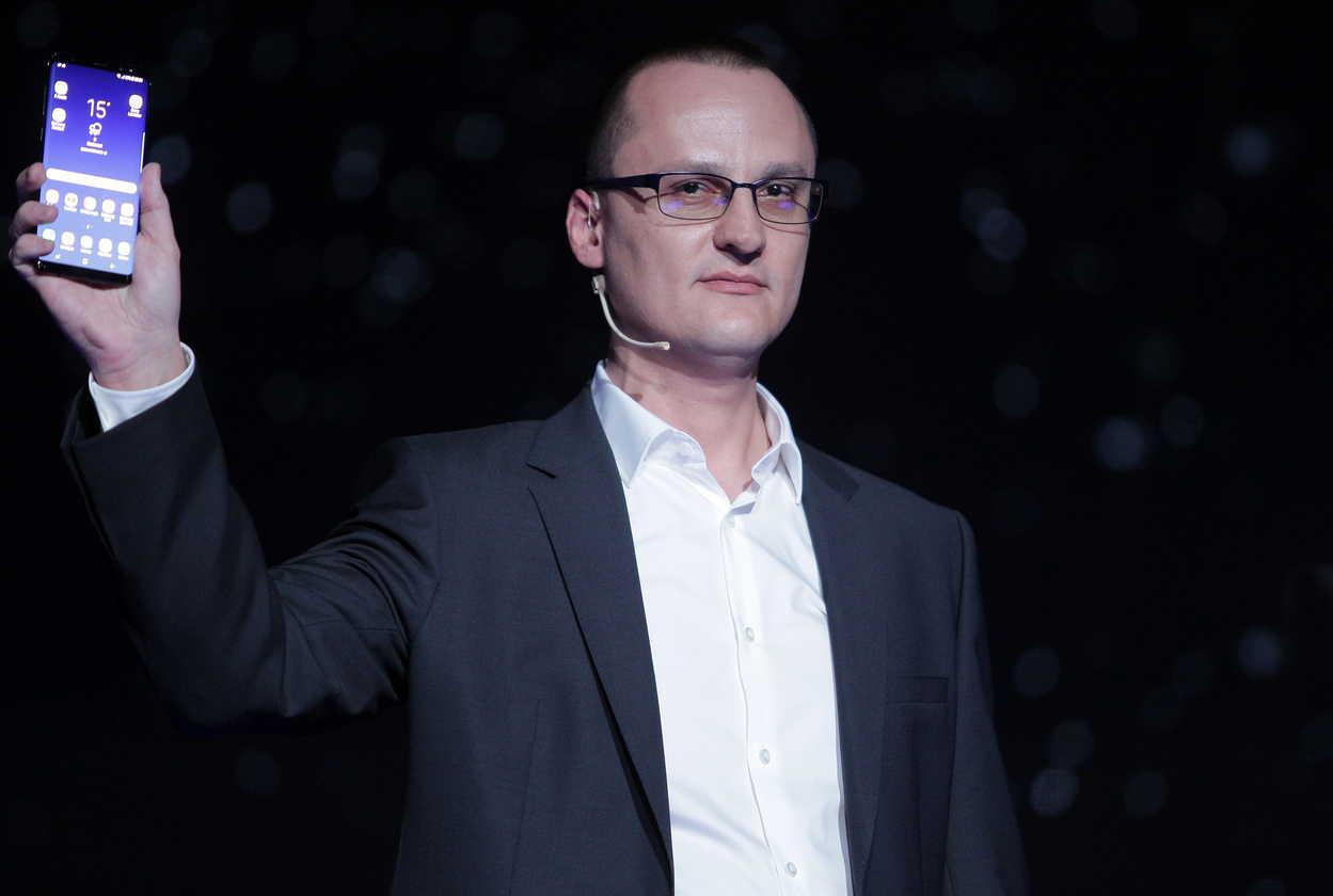 """Samsung a lansat şi în România noul Samsung Galaxy S8: un smartphone """"fără limite"""""""