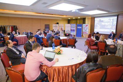 """Un alt """"Cards & Payments Forum"""" a reunit fruntaşii industriei de profil"""