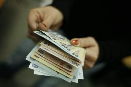 Sumele de bani aferente cuponului nr.1 pentru obligaţiunile emise de VRANCART S.A. vor fi distribuite