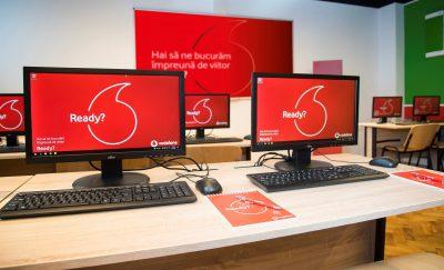 """Vodafone România și ASE București inaugurează noul laborator de informatică din clădirea """"Virgil Madgearu"""""""