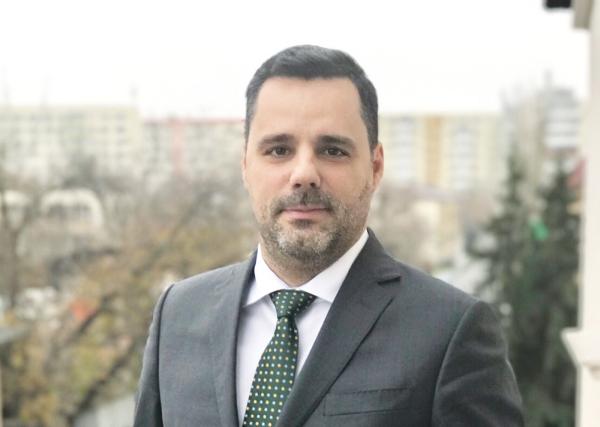 Răzvan Diaconescu, Director General IMPULS – Leasing România: Orice firmă e făcută din oameni, altfel nu există