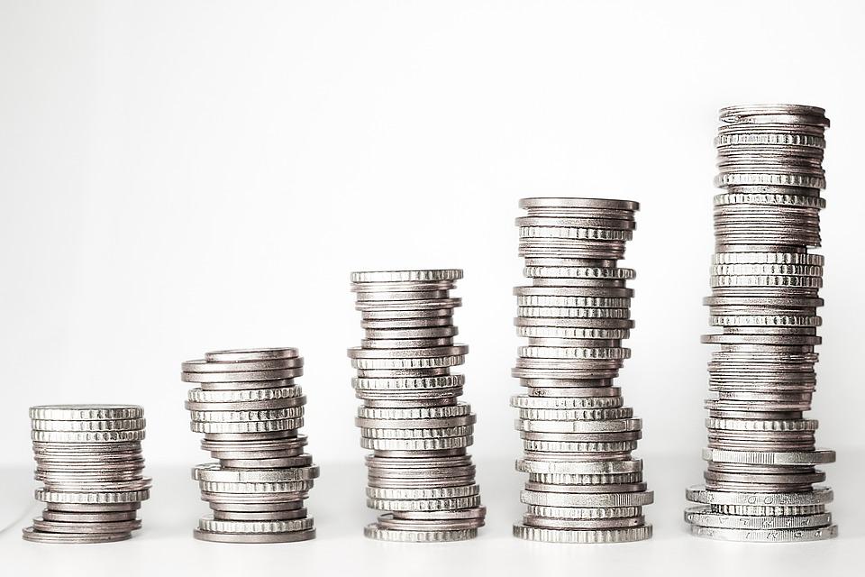 BNR sfidează inflaţia şi păstrează neschimbată dobânda de politică monetară