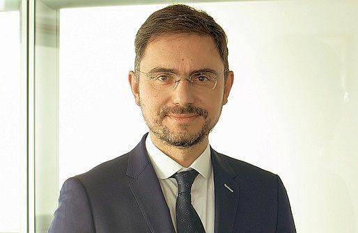 UniCredit Bank adoptă semnătura electronică calificată