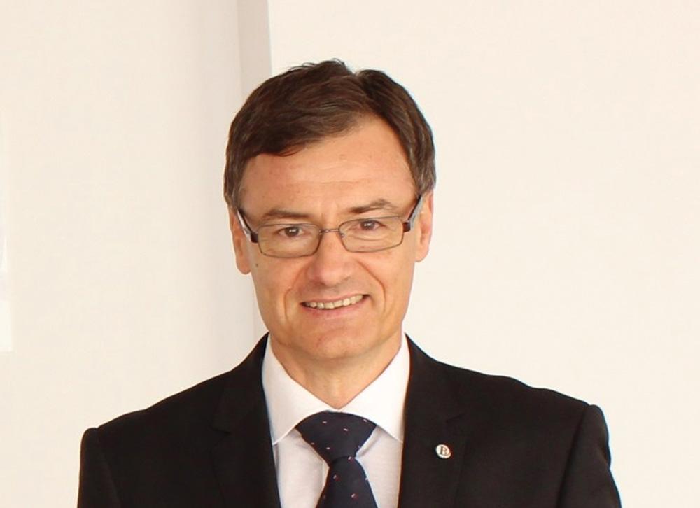 Emil Bituleanu: Zona bancară cred că va exploata la maxim tehnologia pentru a satiface cerinţele clienţilor