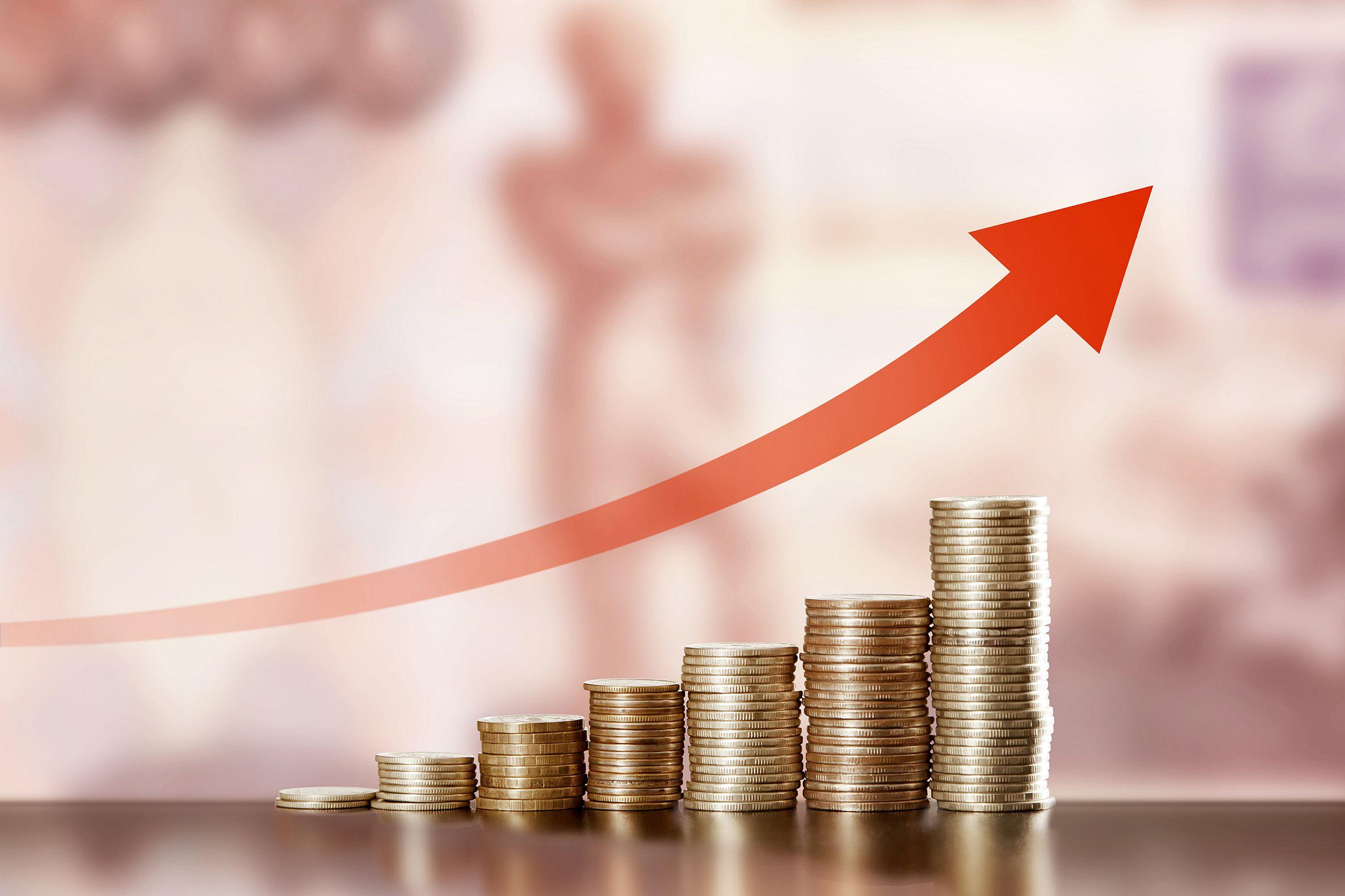 Creşterea economică de 4% brut, confirmată de INS. Schimburile comerciale cu exteriorul au avut ca efect scăderea PIB cu 1,6%