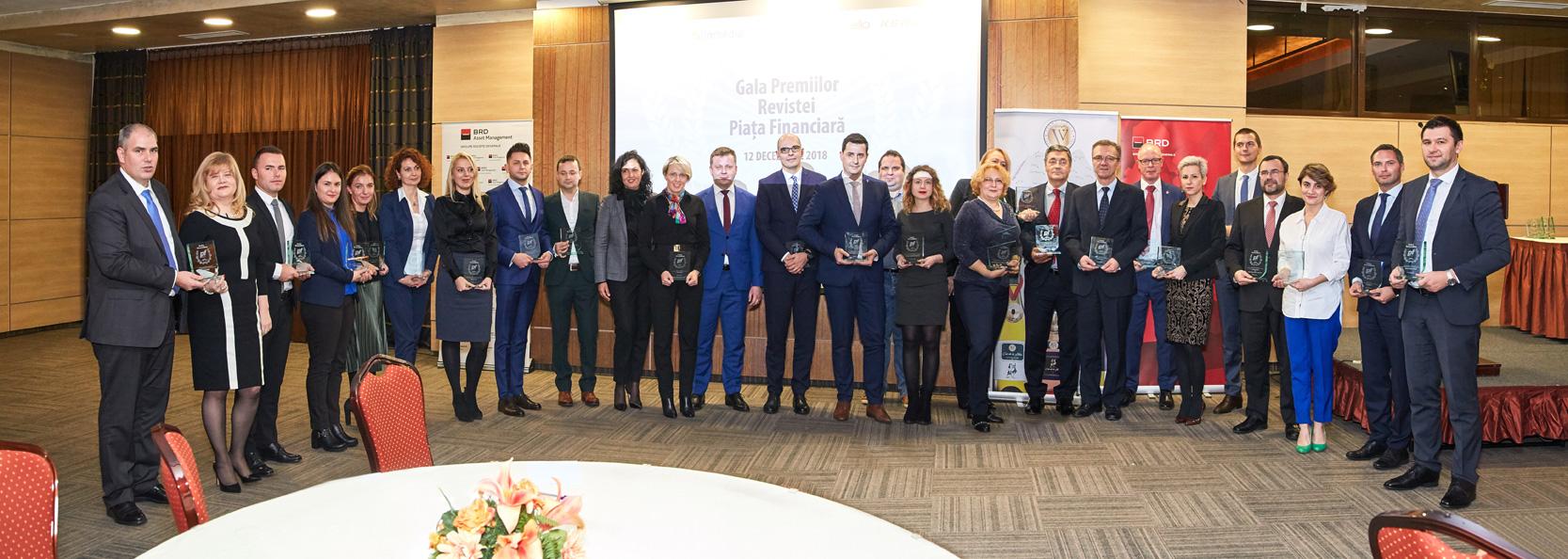 """Piaţa Financiară a desemnat câştigătorii premiilor Anuale şi Centenare la """"Gala Premiilor Revistei Piaţa Financiară"""""""