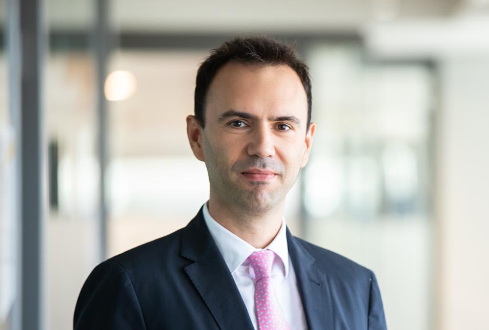 Cristian Cârstoiu, EY: Soluțiile avansate bazate pe Machine Learning (ML) oferă oportunități tangibile băncilor și angajaților deopotrivă, dar adoptarea acestora pare să fie mai lentă decât așteptările