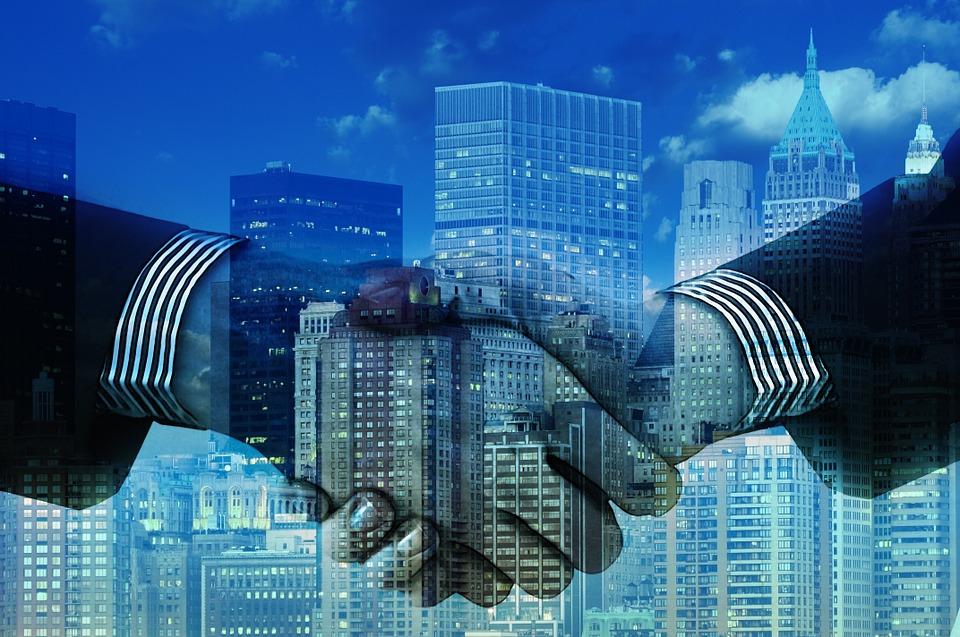 Studiu EY: Intențiile privind vânzările de active se apropie de niveluri record
