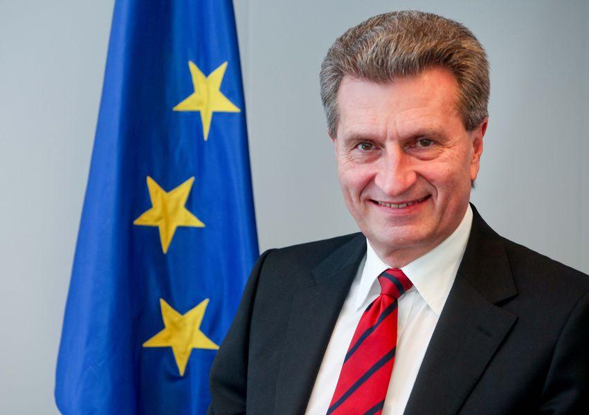 Bugetul UE: O sumă suplimentară de 100 de milioane EUR în 2019 pentru programele de cercetare și pentru cele de mobilitate pentru studenți