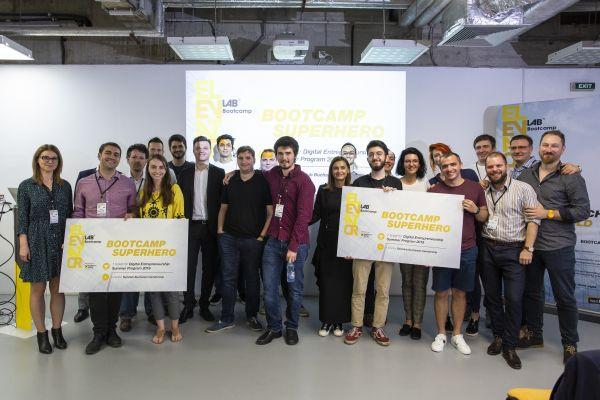 9 startup-uri fintech si-au prezentat produsele la Elevator Lab Bootcamp  Demo Night