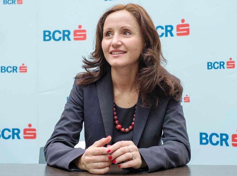 Promisiune respectată: BCR modifică tariful de comisioane pentru conturi curente şi tranzacţii