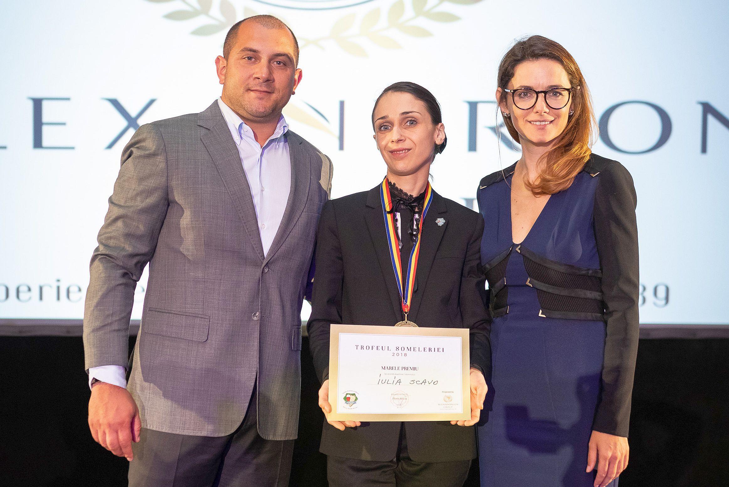 Iulia Scavo este cel mai bun somelier din România