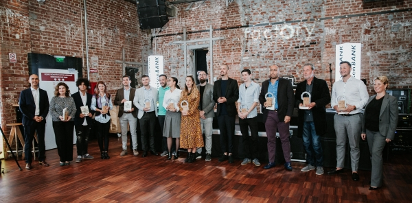 Primele 27 de start-up-uri finanţate prin programul Factory by Raiffeisen Bank sunt gata să iasă pe piaţă
