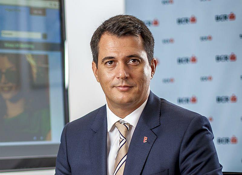 Banca Comercială Română a înregistrat o creștere de peste 70% ale conturilor de economii deschise de persoanele fizice în prima jumătate a acestui an. Peste 93% au fost deschise digital, prin George