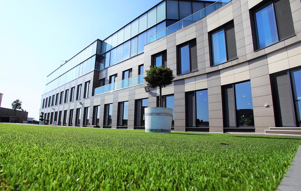 Investitorul local Lotus Center a cumpărat complexul multifuncțional Oradea Plaza într-o tranzacție consiliată de Colliers International