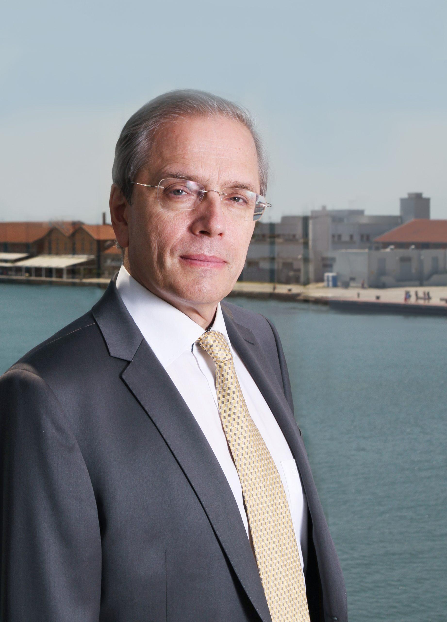 Banca pentru Comerț și Dezvoltare a Mării Negre (BSTDB) realocă 900 milioane euro către industriile afectate de criză
