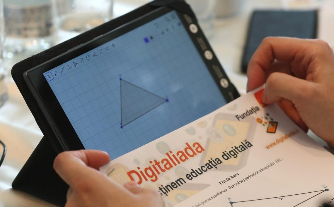 800 de noi resurse digitale educaționale pe platforma Digitaliada