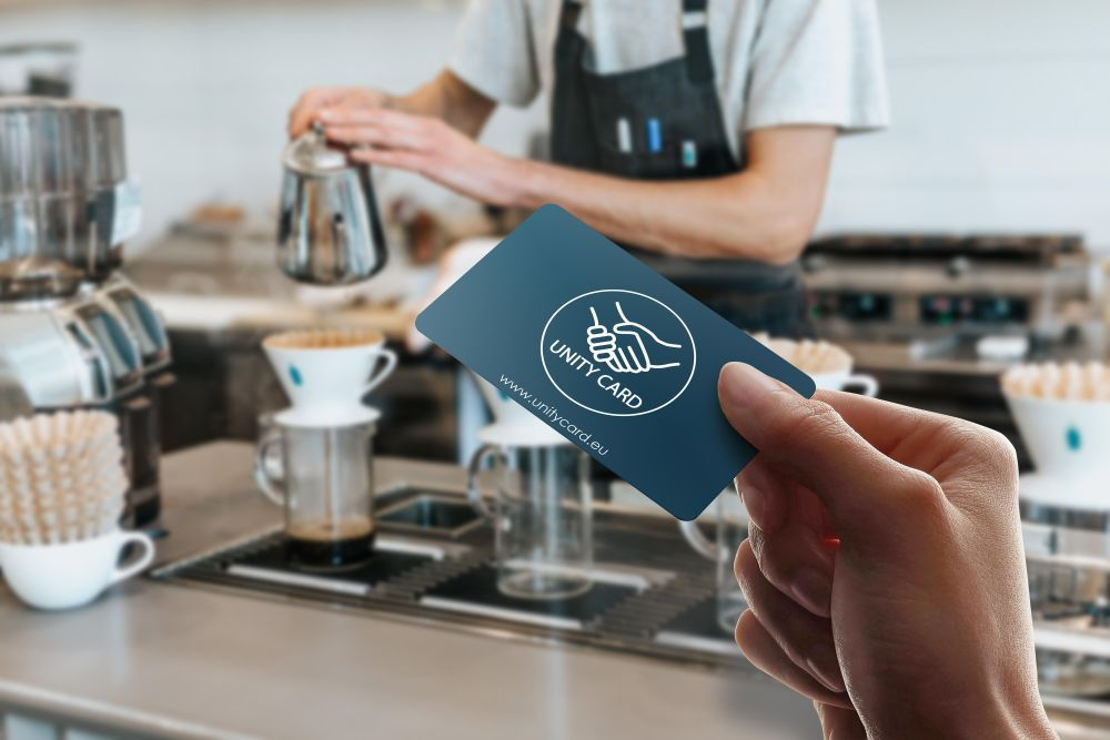 Fintech-urile europene Loyaltek și Paynovate lansează în România Unity Card, o soluție de plată prin care autoritățile pot oferi ajutor de urgență și relansa economia
